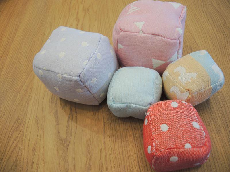 六重紗童趣布骰子